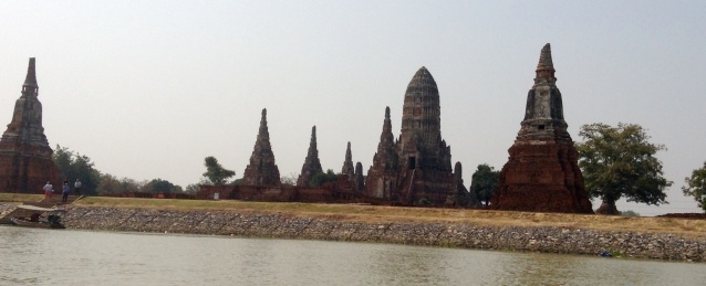 Wat Chaiwatthanaram river view