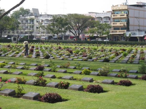 Kanchanaburi War Cementary