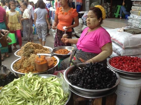 Mandalay Zaycho market food stall