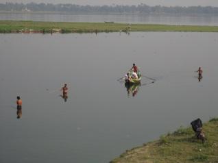 Amarapura fishermen