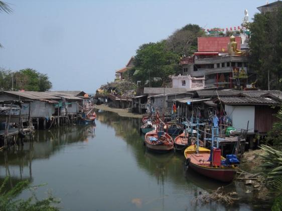 Had Khao Tao fishing village & temple