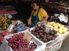 Grapes, mangosteen & mangos