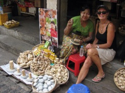 Selling Thanaka cream Yangon market