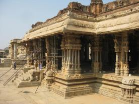 Vittal Temple musical pillars