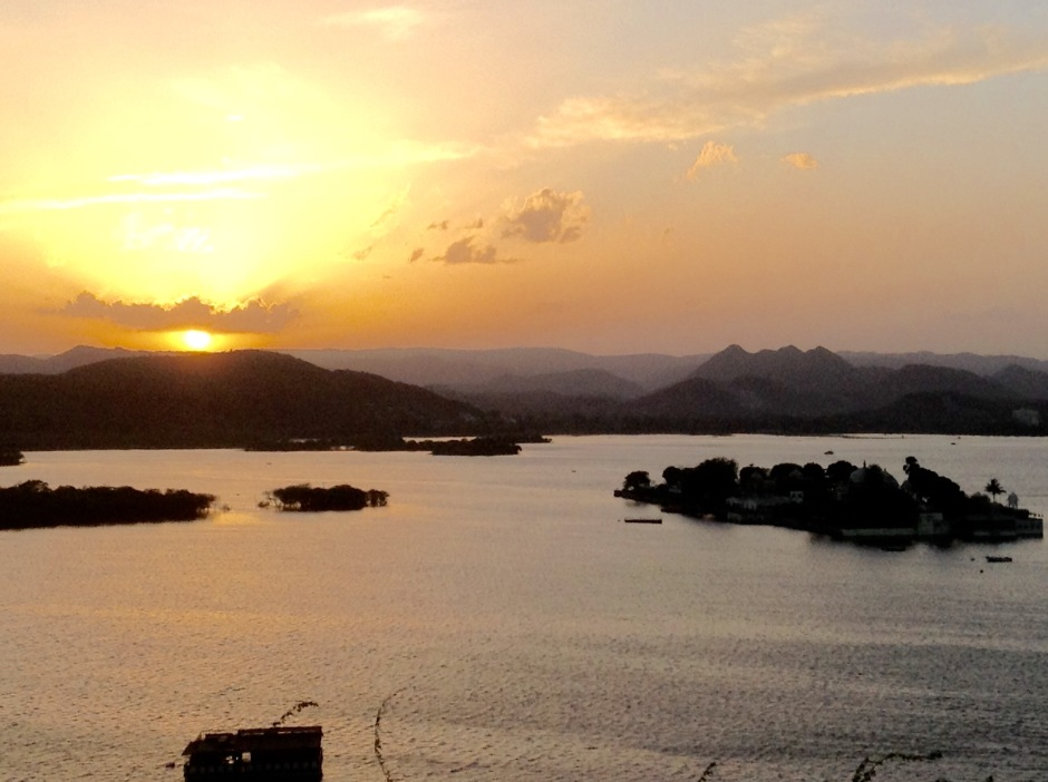 Sunset over Lake Pichola