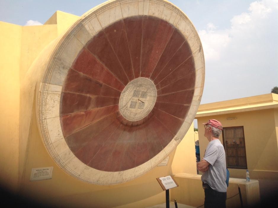 Giant sun dial