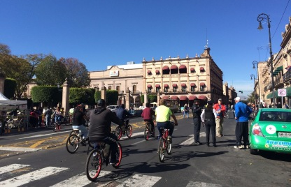 Sunday morning biking in Morelia