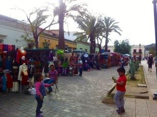 Street vendors & buskers aplenty